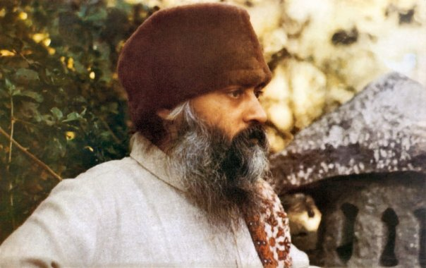 Osho - Life is Purposeless and it is beautiful that it is purposeless